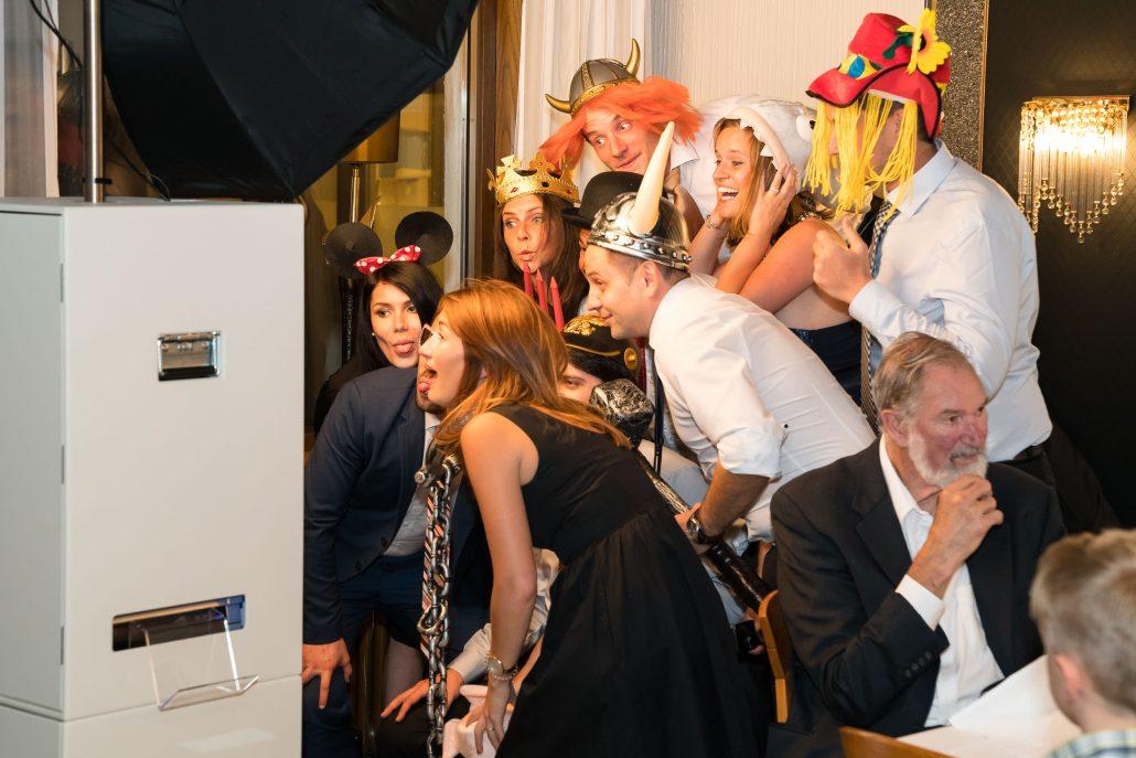 Fotospaß mit Mister-Booth bei Hochzeitsfeier